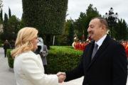 İlham Əliyev Xorvatiya prezidentini qarşıladı — FOTO